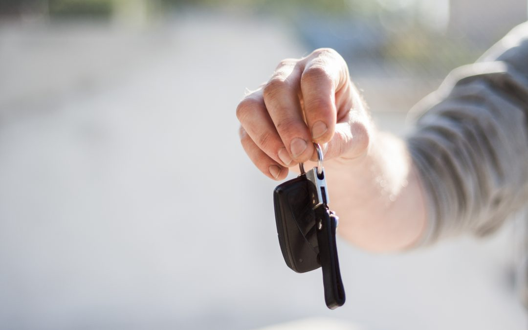 Renting a car this summer? Check out these tips first and get your vacation off to a great start.